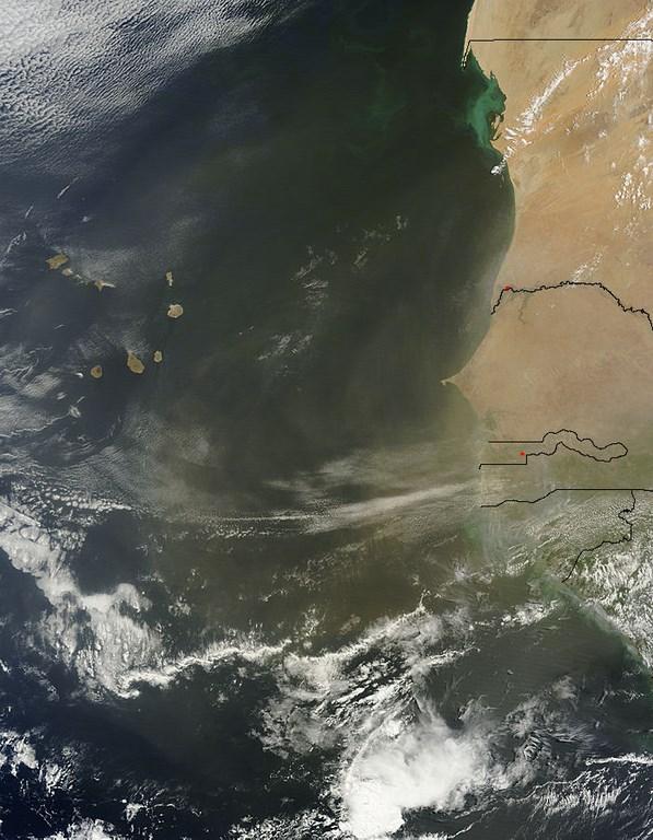 Brume de poussières le 22 juin 2014